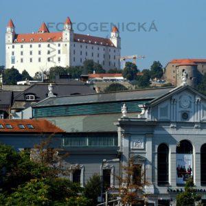 Bratislava. Stará tržnica a Bratislavský hrad