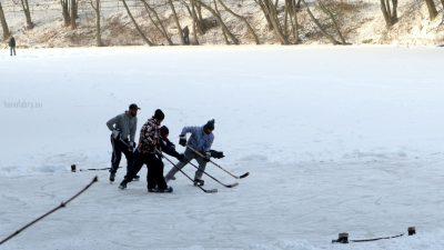 Hokej-na-Železnej.-Foto-Hana-Fábry.jpg