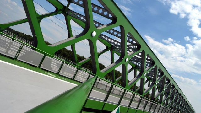 Novy-Stary-most.jpg