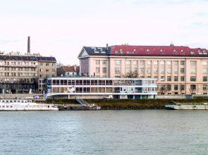 Bratislava otvorene: Ďalšia rana nábrežnej promenáde priamo od pamiatkarov aj investora