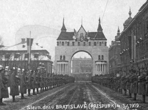 Ako sa Bratislava stala hlavným mestom Slovenska, a pritom všetci boli proti