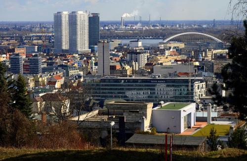 Bratislavska sedma patdesiata - Bratislava zastavana6