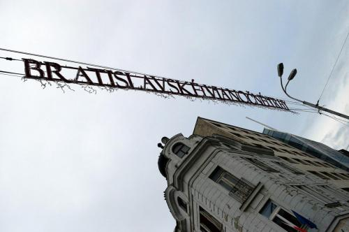 Bratislavska sedma patdesiata druha - vinocne trhy